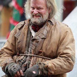 hugh_bonneville_ as_mr_stink