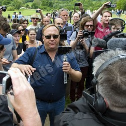 alex_jones_dj-bilderberg